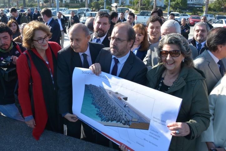 Alcaldesa Virginia Reginto, proyecto mitigacion av peru 3